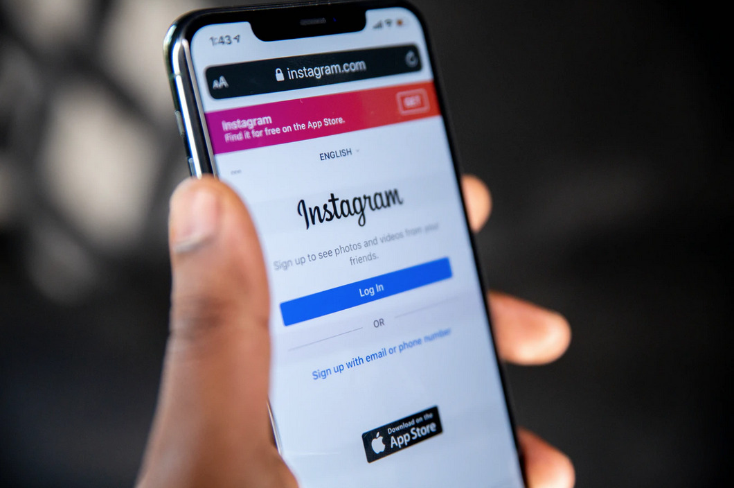 sign into instagram business account